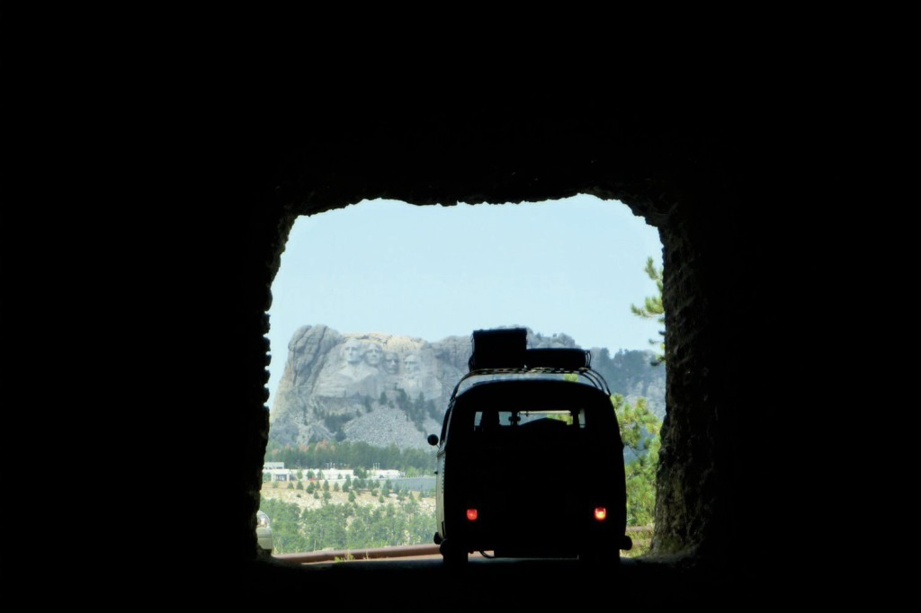 1966-Volkswagen-Microbus-at-Mt-Rushmore